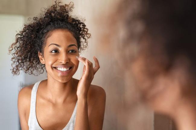Từ vựng tiếng Anh về mỹ phẩm và trang điểm – các loại da